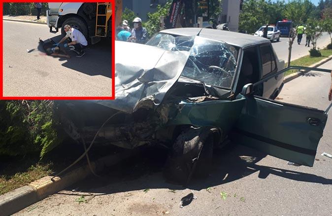 Otomobil park halindeki kamyona çarptı! Sürücü yaralandı