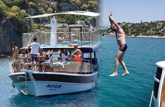 Antalya'ya Ukraynalı turist akını! Yat turunun keyfini çıkarıyorlar