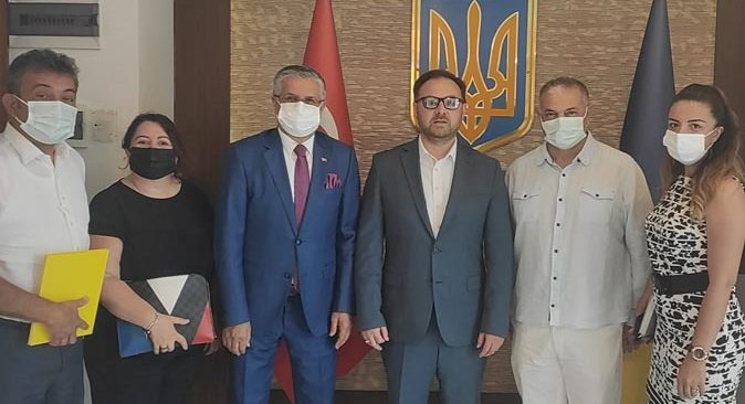 Başkan Necati Topaloğlu, Konsolos Rustamov'u ziyaret etti