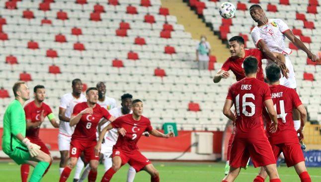 Türkiye Gine maçı golsüz bitti