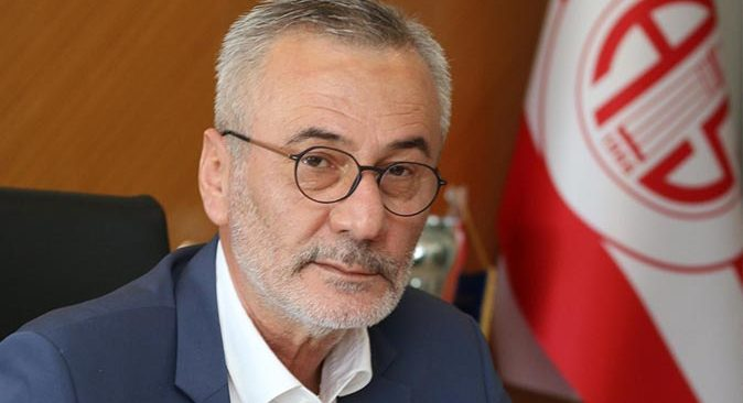 Son dakika..... Antalyaspor Başkanı Mustafa Yılmaz'in işte istifa nedeni...