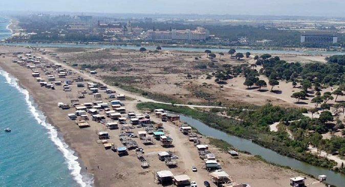 'Çardak Beach' sezonu açıldı, turistleri bile kıskandıran tatil başladı