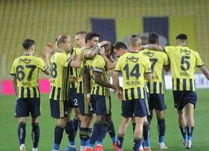 Fenerbahçe, Erzurumspor karşısında şov yaptı