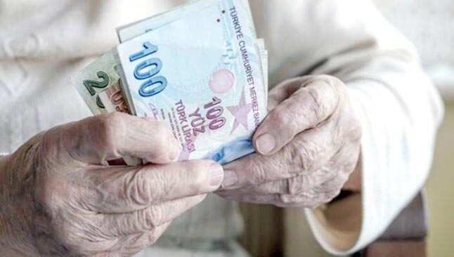 Emekliler maaşlarını çekebilecek mi! İçişleri Bakanlığı merak edilen soruları yanıtladı