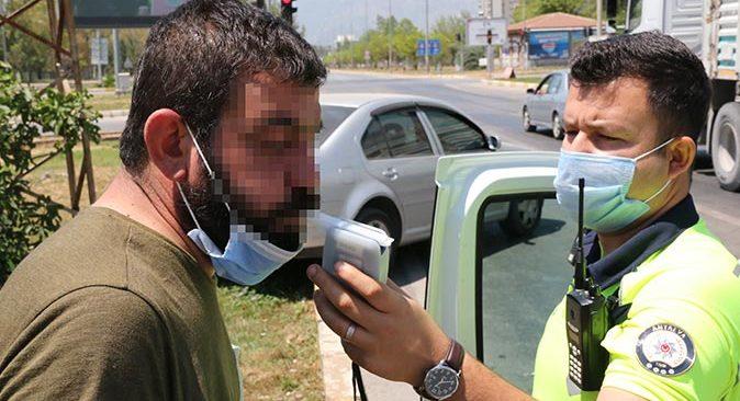 Antalya'da kaza yapan alkollü sürücünün sözleri 'pes' dedirtti