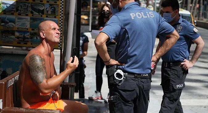 Antalya'da turistten kadın polise ahlaksız teklif! Gözaltına alındı