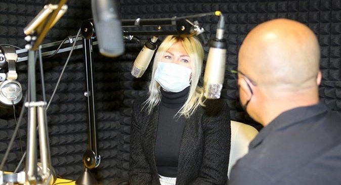 UNIFM 91.3 ülke müziklerini dinleyicileri ile buluşturuyor