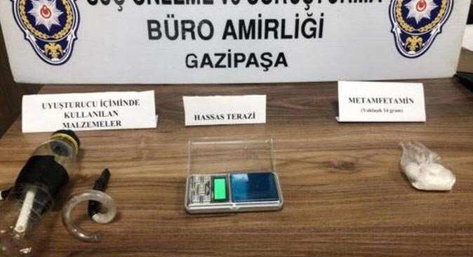 Antalya'da zehir taciri tutuklandı