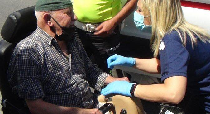Antalya'da engelli bisikleti ile otomobil çarpıştı! Kazanın ardından yaşananlar kazayı unutturdu