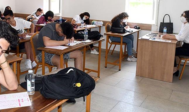 Ahmet Erkal Destek Eğitim Kurs Merkezi'nde deneme sınavı