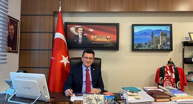 Milletvekili Atay Uslu, AK Parti Bilgi ve İletişim Teknolojileri Başkan Yardımcılığına atandı