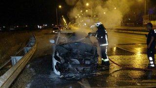 Alkollü sürücünün kullandığı otomobil alev alev yandı