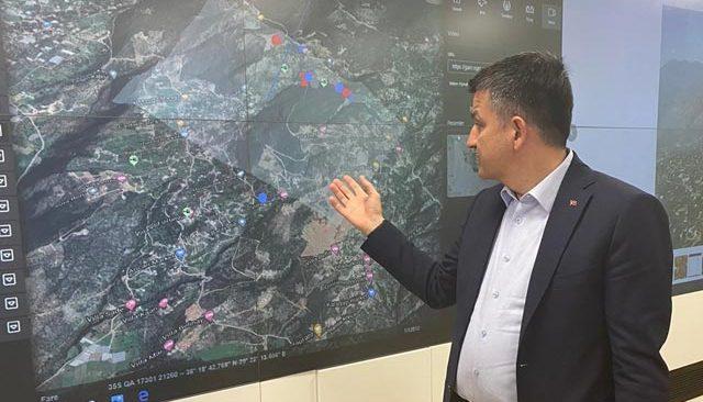 Bakan Pakdemirli Antalya'da çıkan yangınlar hakkında bilgi verdi