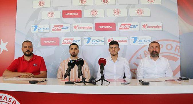 Antalyaspor Doğukan Nelik ve Ersin Zehir ile sözleşme imzaladı