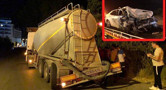 Antalya'da aşırı hız kazaya neden oldu