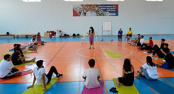 Muratpaşa Belediyesi'nden gençlere tam destek