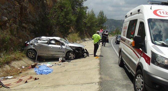 Antalya'daki feci kazada 3.5 yaşındaki Hasan Emre hayatını kaybetti