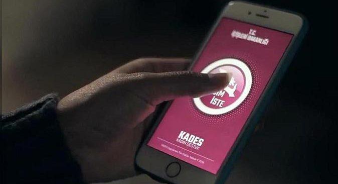 Antalya'da KADES butonu kadının hayatını kurtardı