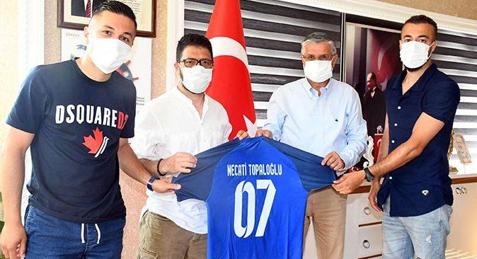 Kamil Çınar'dan Başkan Necati Topaloğlu'na ziyaret