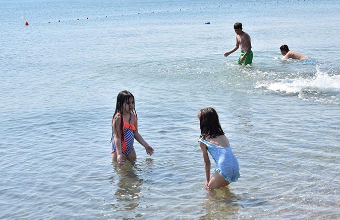 Lapseki sahillerinde deniz salyası kabusu