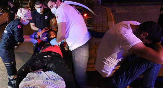 Antalya'da biri arabada diğeri kaldırımda sızdı! Kamera ışıklarıyla ayıldılar