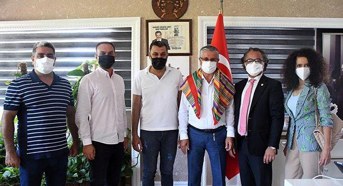 YÖRSİAD Başkanı Aykut Ege'den Başkan Neceti Topaloğlu'na ziyaret