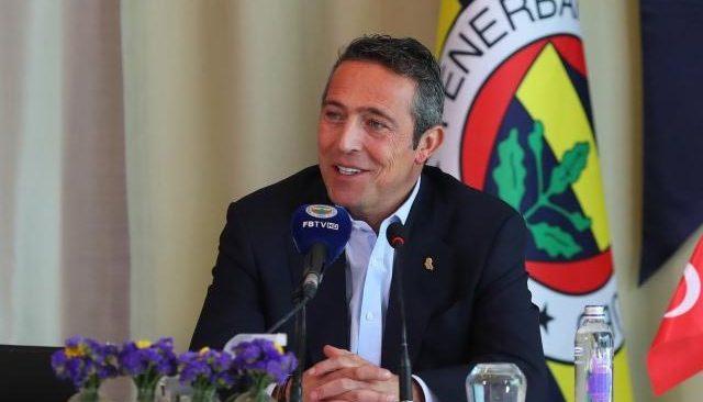 Fenerbahçe'de Ali Koç yeniden başkanlığa seçildi