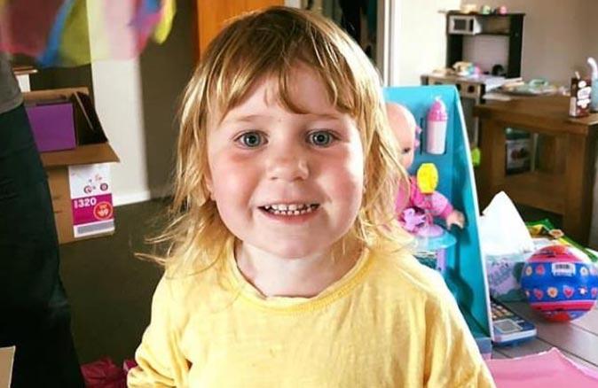 Babası üzerine düşen Amberlie Pennington-Fole hayata tutunamadı