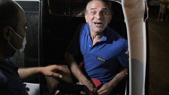 Antalya'da korkutan dakikalar! Balkonda ateş yakıp kendini eve kilitledi...