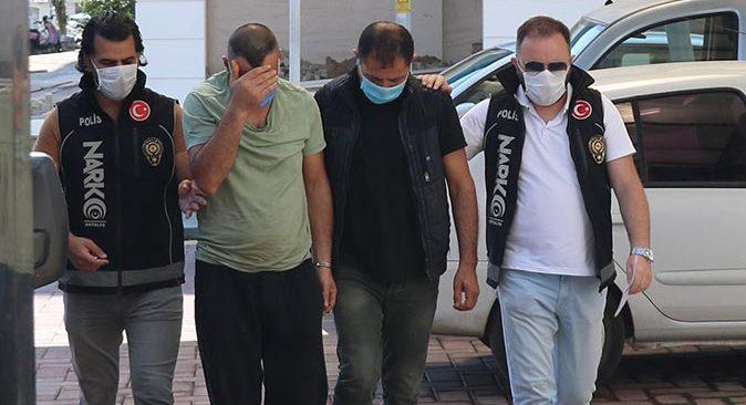 Antalya'da polisten iki ayrı adrese uyuşturucu baskını!