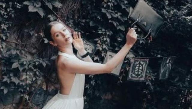 Camdaki Kız'ın Nalan'ı Burcu Biricik'in dergi için verdiği pozlar olay oldu