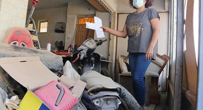 Antalya'da bir yıldır garajda kilitli hurdaya dönmüş motosiklete ceza yazıldı