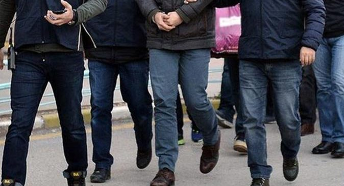 Ankara merkezli 12 ilde FETÖ operasyonu! Gözaltına alındılar