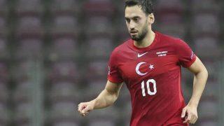Hakan Çalhanoğlu İnter ile anlaştığını açıkladı