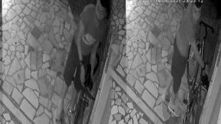 Antalya'da iş yerinin önünde duran bisikleti saniyeler içerisinde çaldı
