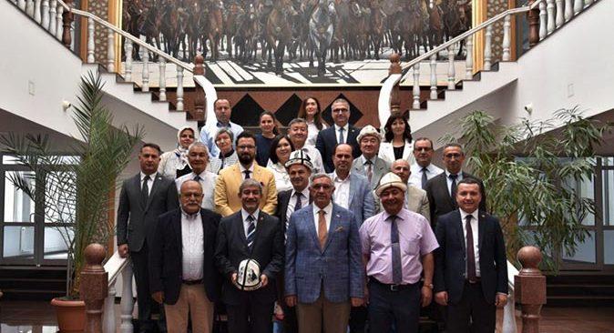 TGK ve AGC heyeti Kırgızistan'daki üniversiteleri ziyaret etti