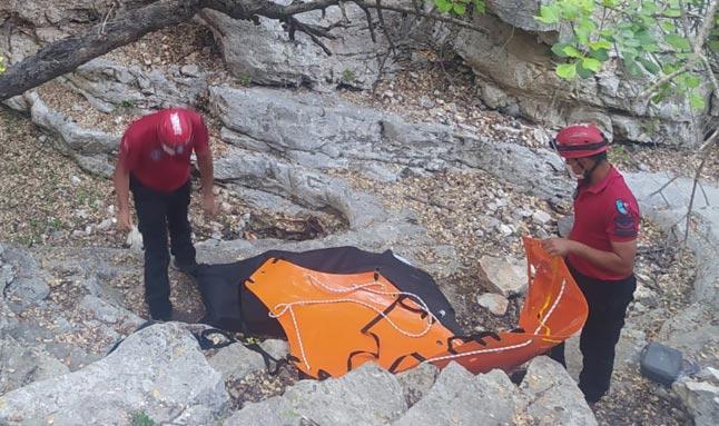 Likya yolunda yürüyüş yapıyordu! Kayalıklardan düşerek hayatını kaybetti