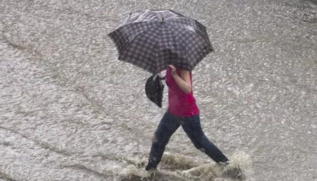 Meteoroloji il il uyardı: Gök gürültülü sağanak geliyor