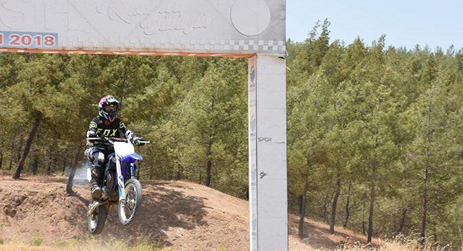 Antalya'da geleceğin motokros şampiyonları yetişiyor