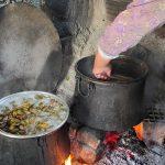 Şifa deposu çam kozalağı pekmezinin kilosu 100 liradan satılıyor