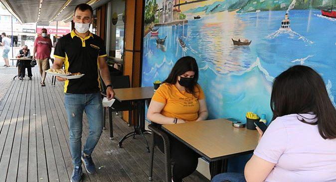 Antalya'da  kafe ve restoranlar açıldı! İşletmeciler ilgiden memnun kaldı