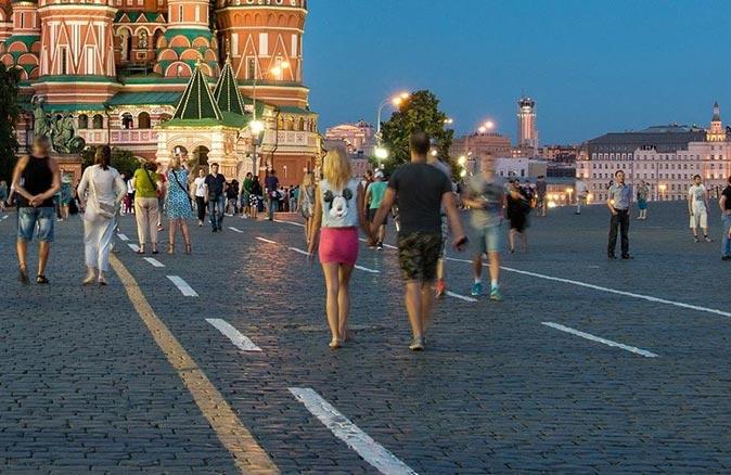 Rusya'da 9 günlük koronavirüs tatili