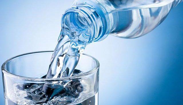 Uzmanından önemli açıklama! Hangi su daha sağlıklı...