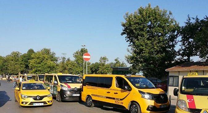 Son dakika.... Bakan Fahrettin Koca duyurdu! Taksi ve dolmuş esnafı da aşılama programına dahil edildi