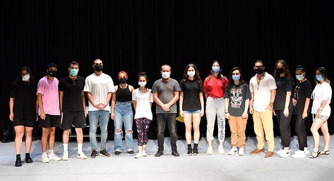 Konyaaltı Belediyesi'nde tiyatro oyunculuğu eğitimleri sürüyor