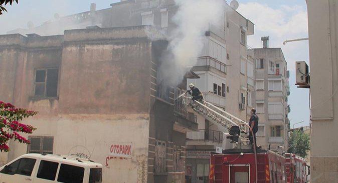 Antalya'da metruk binada bir haftada 3 yangın!