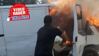 Antalya'da araç alev alev yandı! Sürücü kovayla müdahale etti