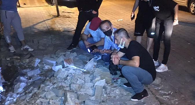 İstanbul'da korku dolu anlar! Mahalleli sokağa döküldü