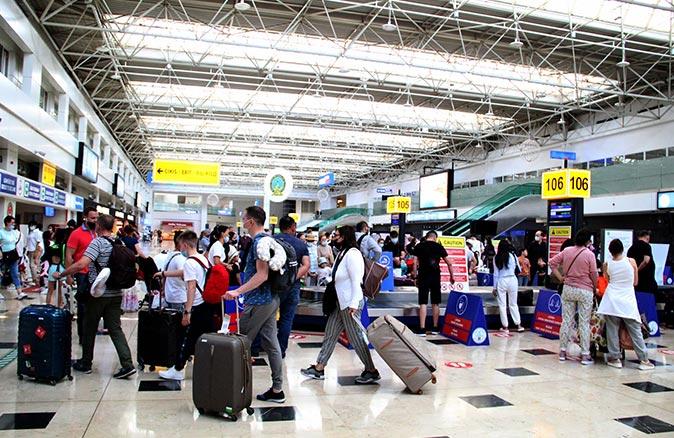 Antalya'ya 2 milyondan fazla turist geldi