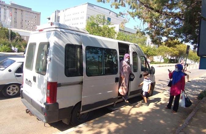 Kemer'de 120 hasta sağlık kurumuna otobüsle taşındı